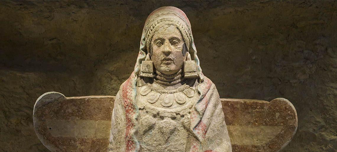 Dama de Baza Altiplano Granada - Tours